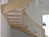 Treppenstufen-Ahorn-Handlaufgetragen